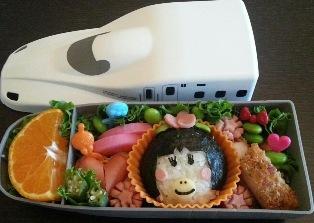 栗田 弥生 先生「年に数回のお弁当の日は子供の笑顔を想像しながら頑張ります」
